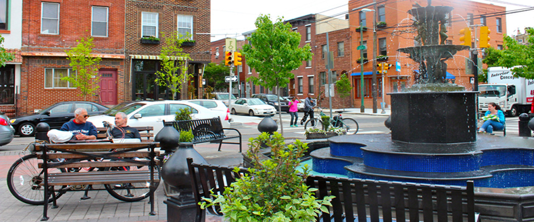 Image of the nice environment the fountain on East Passyunk brings